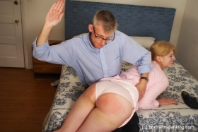 Click to view  Harley Gets The Slipper 1/4